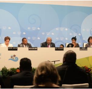 COP23 303x295 - Szczyt klimatyczny COP23 zakończony. Kolejny w Katowicach