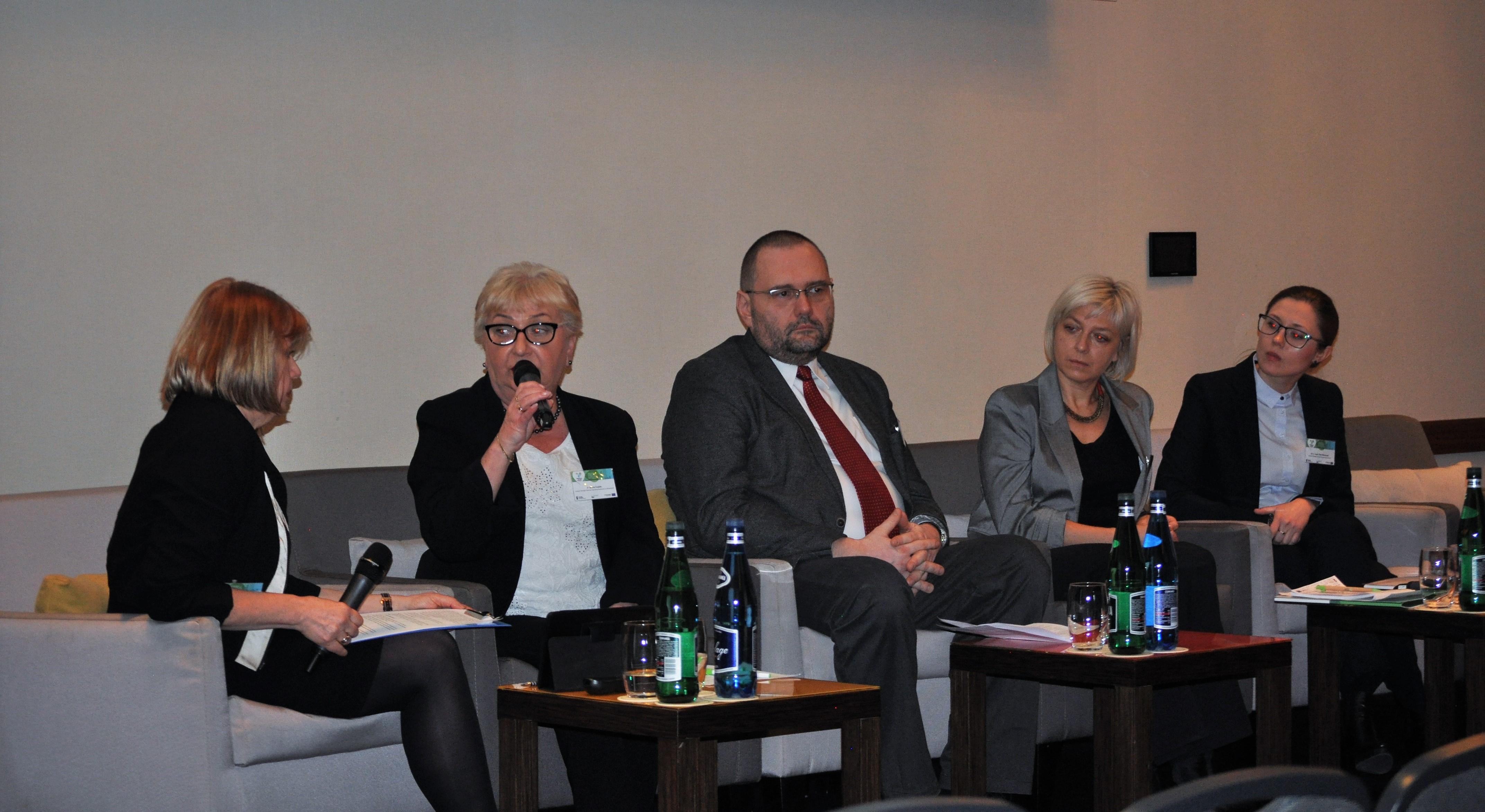 """DSC 0201 - Debata Ekspercka """"Wczujmy się w klimat – adaptacja w mieście"""""""