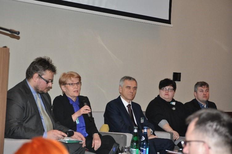 """debata3 - Debata Ekspercka """"Wczujmy się w klimat – adaptacja w mieście"""""""