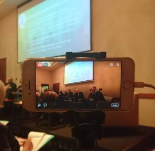 live e1519737001724 303x295 - Debata Ekspercka – Wczujmy się w klimat – adaptacja w mieście  Transmisja na FB