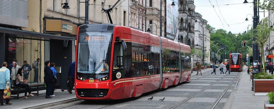 tramkato 892x356 - Środki unijne wspierają transport publiczny na Śląsku