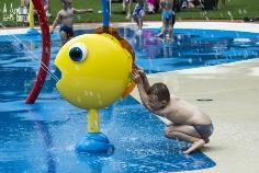 ryb5 - Wodny plac zabaw alternatywa na upały dla dużych i małych